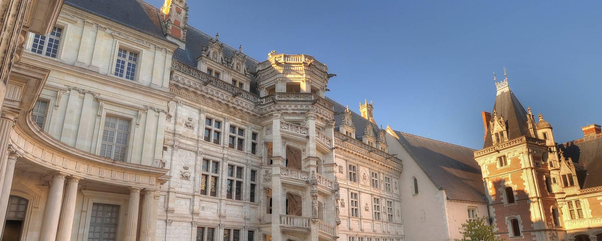 L'escalier François Ier du château de Blois. © Leonard de Serres