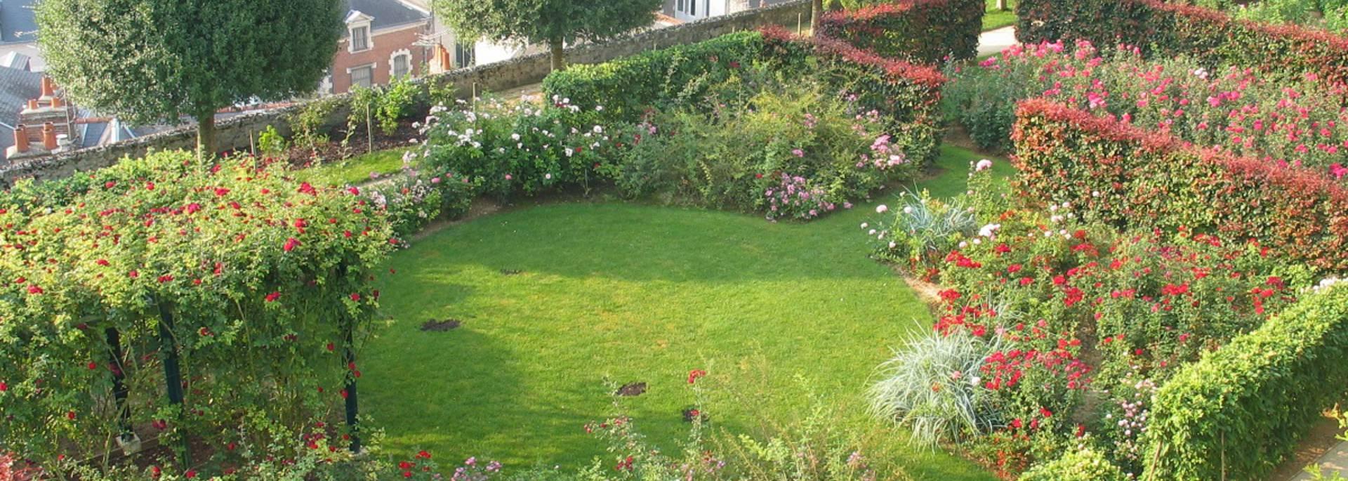 Les jardins de l'évêché à Blois