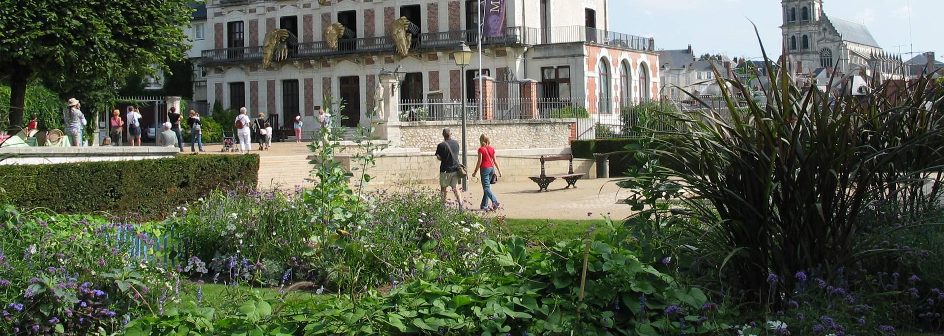 Les Jardins Saint Sauveur et la Maison de la Magie à Blois