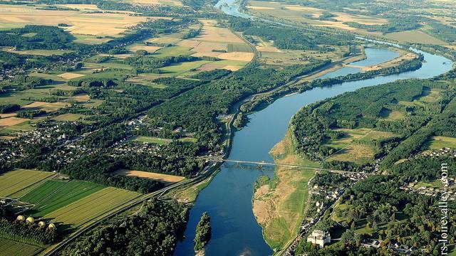 Vue du ciel depuis Chaumont-sur-Loire © Loisirs Loire Valley