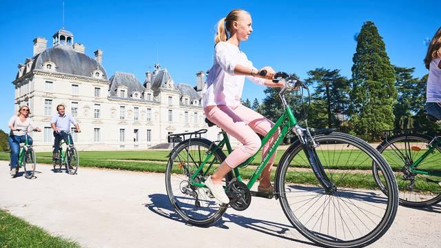 Le château de Cheverny avec Châteaux à vélo