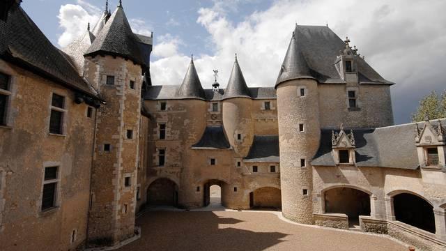 Le Château de Fougères-sur-Bièvre © P. Berthé - CMN-Paris