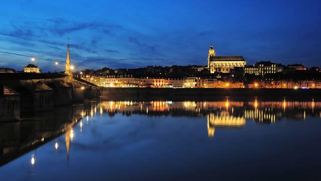 Blois de nuit © L. de Serres