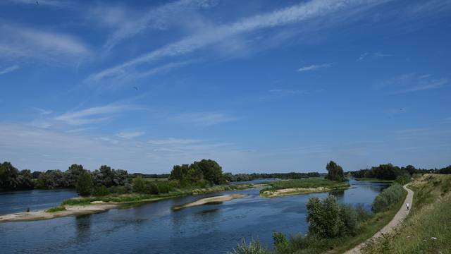 Balade en bord de Loire. © OTBC