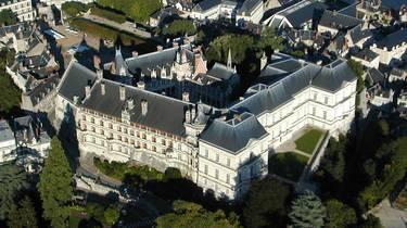 Vue aérienne du château de Blois. © Aerocom