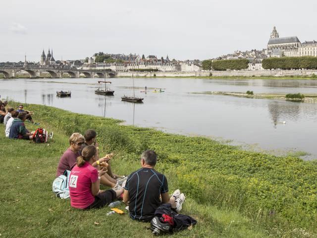 Un petit pique-nique sur les bords de Loire. © Patrice Mollet