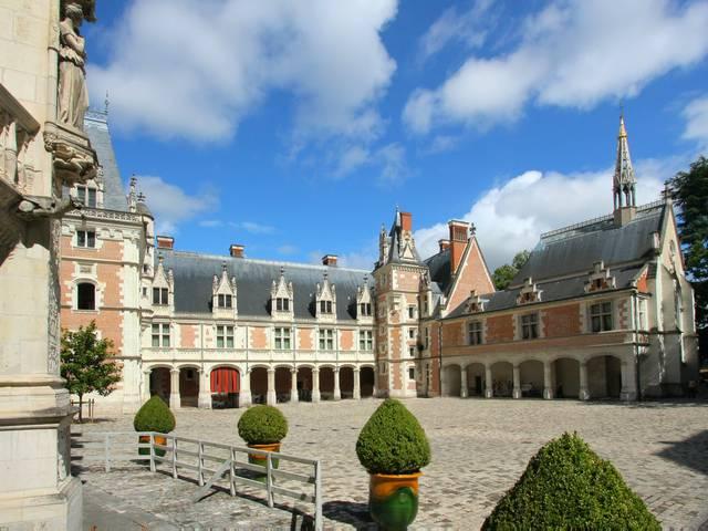 L'Aile Louis XII du château de Blois construite sous Anne de Bretagne. © OTBC