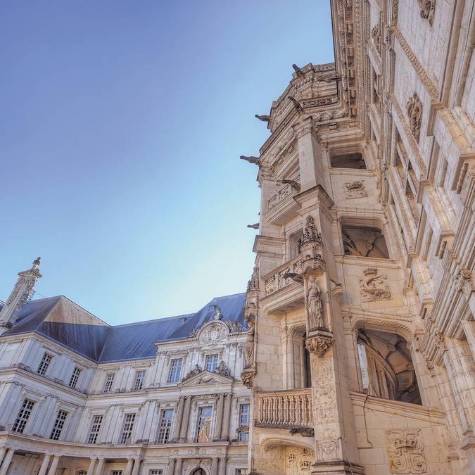 Escalier François 1er du Château Royal de Blois © L. de Serres
