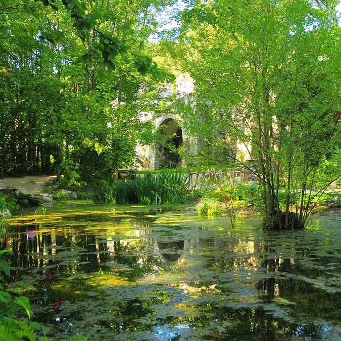 Le jardin de Léonard au Clos Lucé à Amboise. © DR