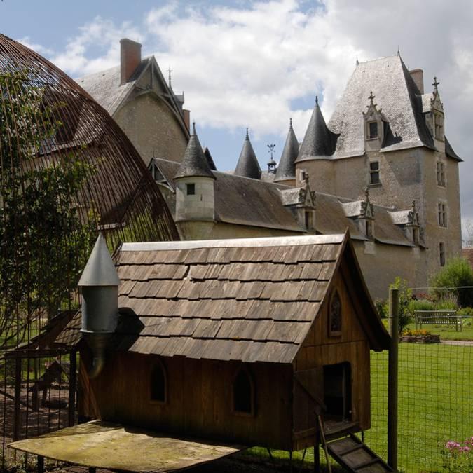 Poulailler au château de Fougères-sur-Bièvre